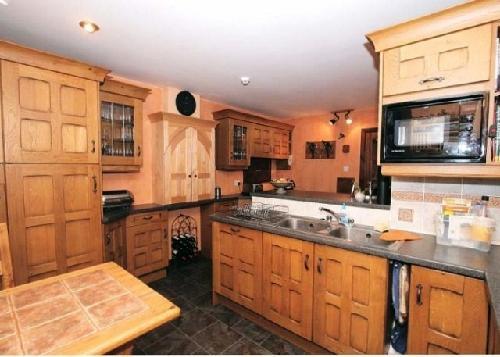 kirche als luxus pension mit alkohol und hochzeitslizenz zu verkaufen 630000. Black Bedroom Furniture Sets. Home Design Ideas