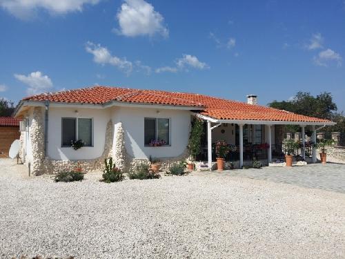 Neues Geräumiges 3 Zimmer Haus Im Bulgarien U20ac 120000