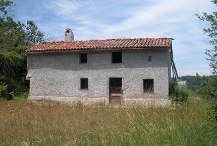 ROCCAVIGNALE, Rustico, frei stehend, zu restaurieren ...