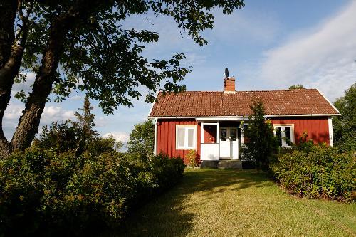 ferienhaus kaufen in smaland med oarna schweden. Black Bedroom Furniture Sets. Home Design Ideas