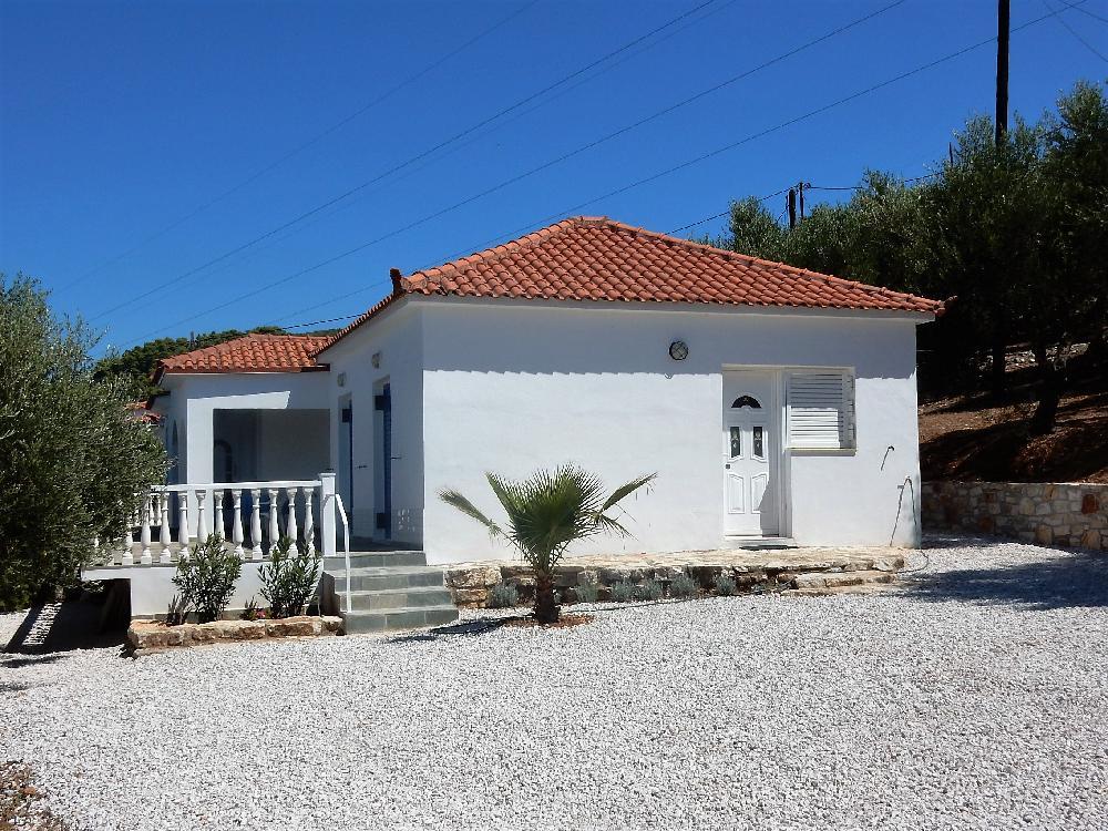 ferienhaus kaufen in vlassada trifilia kyparissia peloponnes griechenland. Black Bedroom Furniture Sets. Home Design Ideas