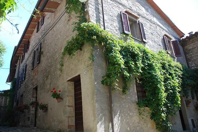 Altes Fachwerkhaus Kaufen haus kaufen in umbrien italien