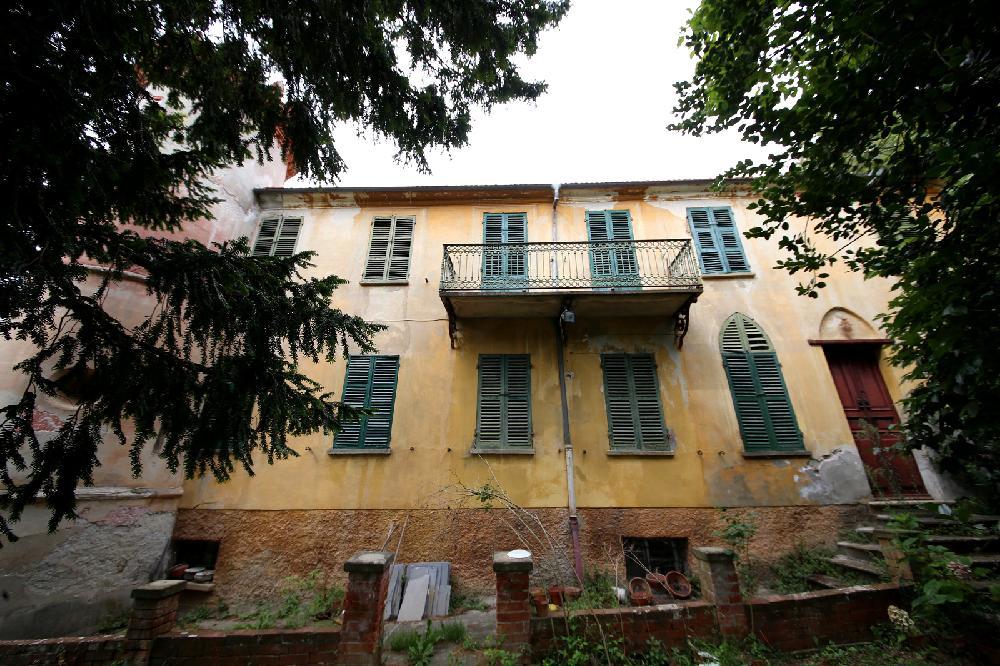 Altes Fachwerkhaus Kaufen haus kaufen in piemont italien