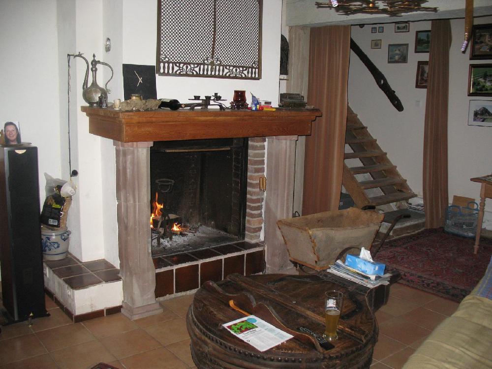 ferienhaus kaufen in burgund frankreich. Black Bedroom Furniture Sets. Home Design Ideas
