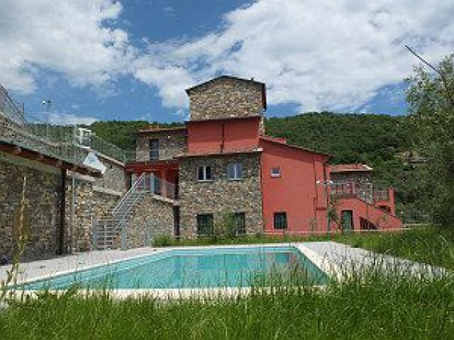 Haus Kaufen in Vasia Ligurien Italien