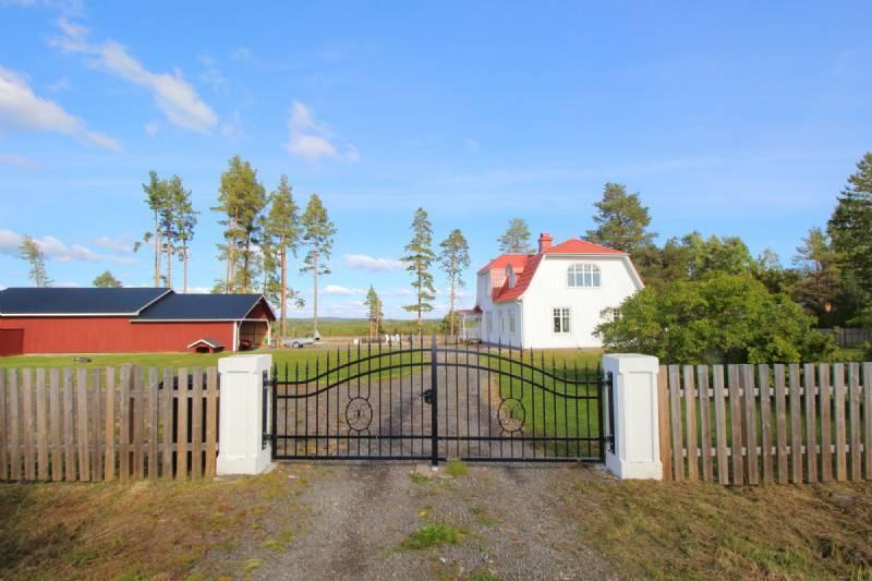 haus kaufen in mellersta norrland schweden. Black Bedroom Furniture Sets. Home Design Ideas