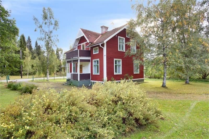 haus kaufen in ostra mellansverige schweden. Black Bedroom Furniture Sets. Home Design Ideas